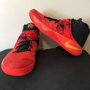 Nike Kyrie 2 High Top Basketball Shoes - Size 11